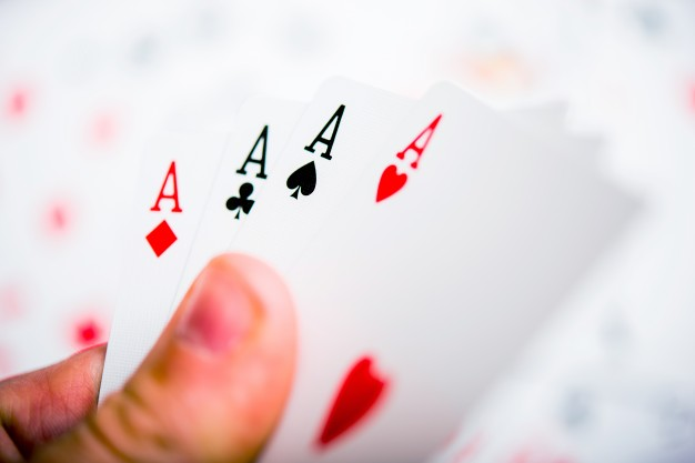 How does AdmiralBet online casino differ from others?