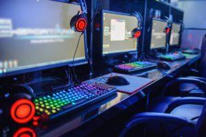 how do internet cafes make money