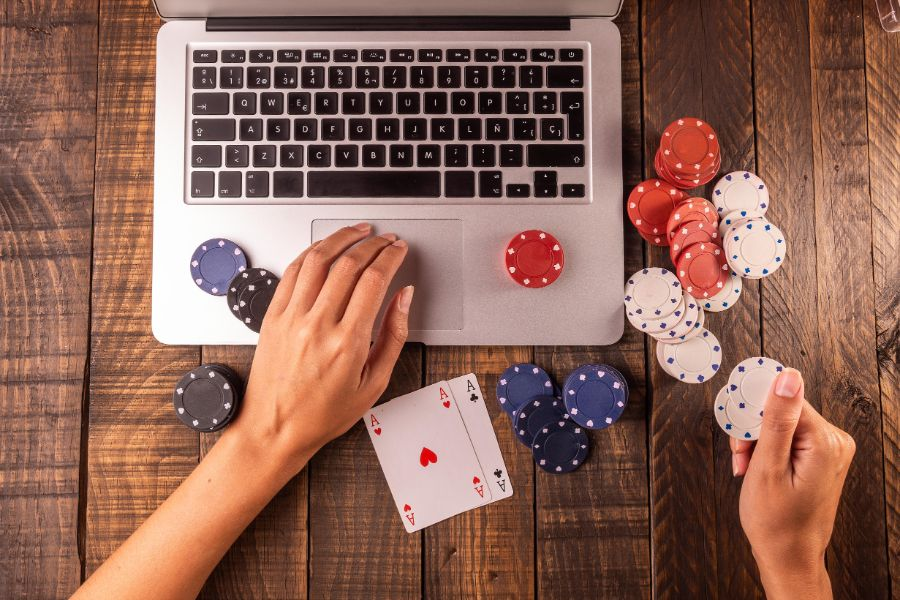 online casino programs